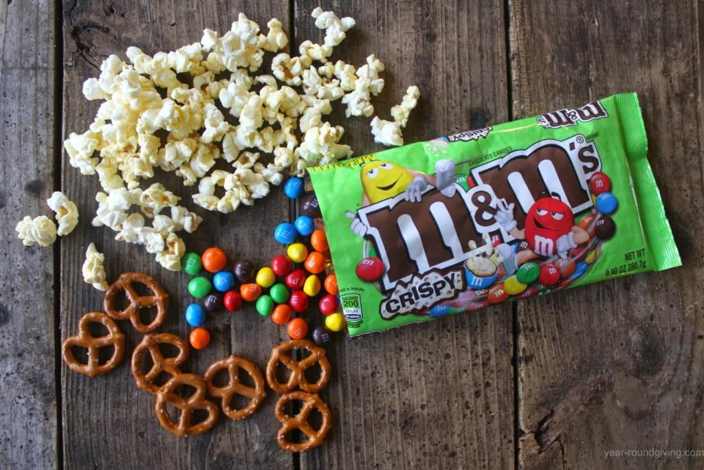 M&M's® Crispy popcorn snack mix ingredients