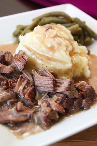 Crock Pot Sirloin Steak and Gravy