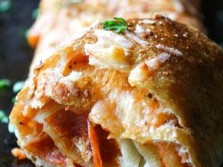 Super Easy Stromboli Recipe