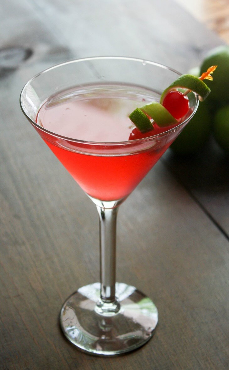 Perfect cosmopolitan cocktail recipe daily appetite for Cocktail martini